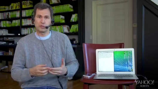 NY Times Tech Reporter David Pogue demonstrating Dragon.